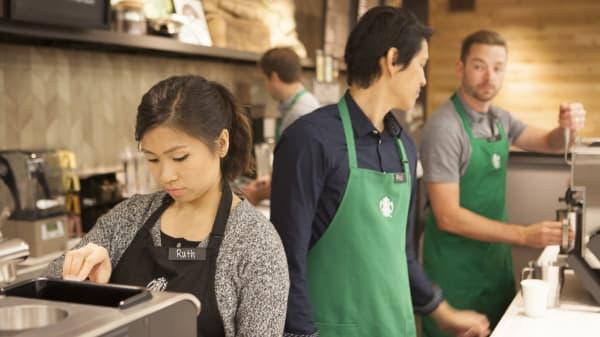 Starbucks updated dresscode